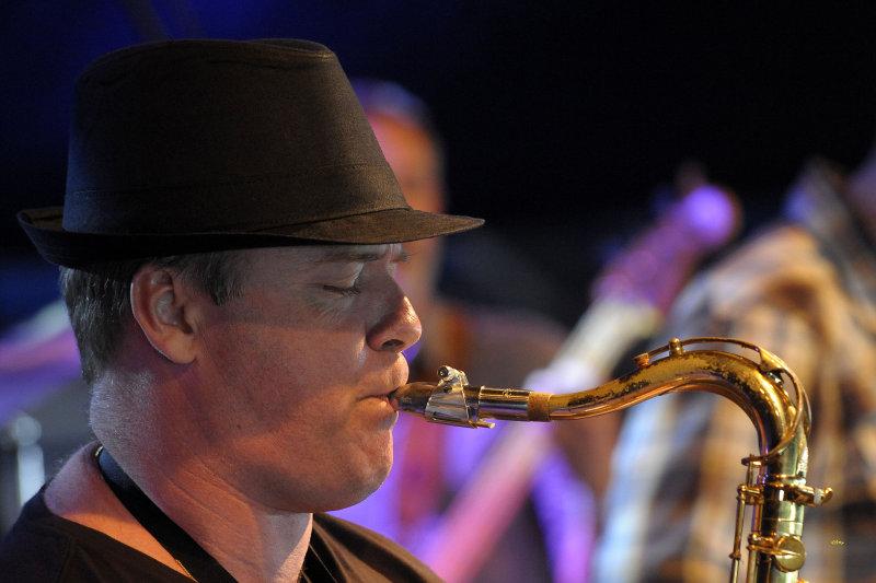 The Bottle Comets live op Peerse Rhythm & Blues festival 2012