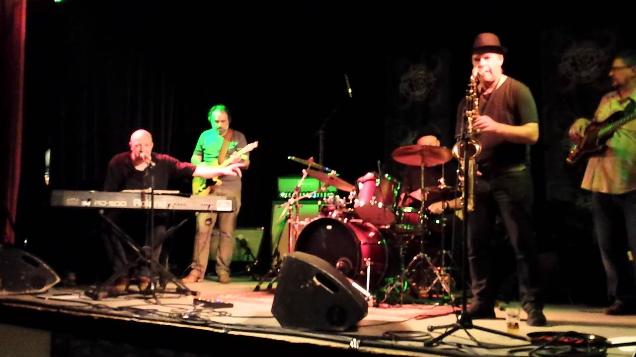 Mr PC & The Uploaders – Mol Goes Blues 2013